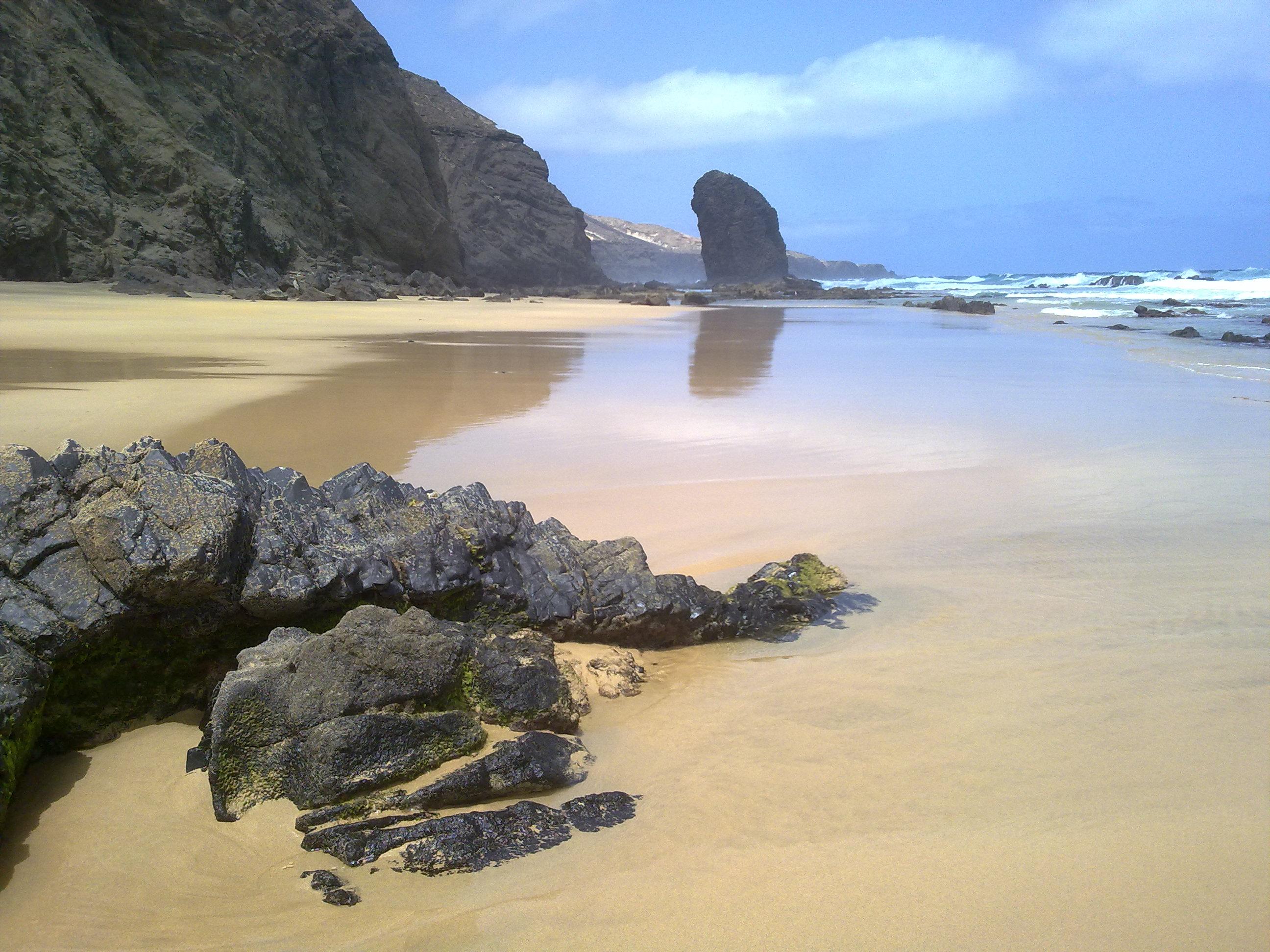 Playa De Roque De El Moro